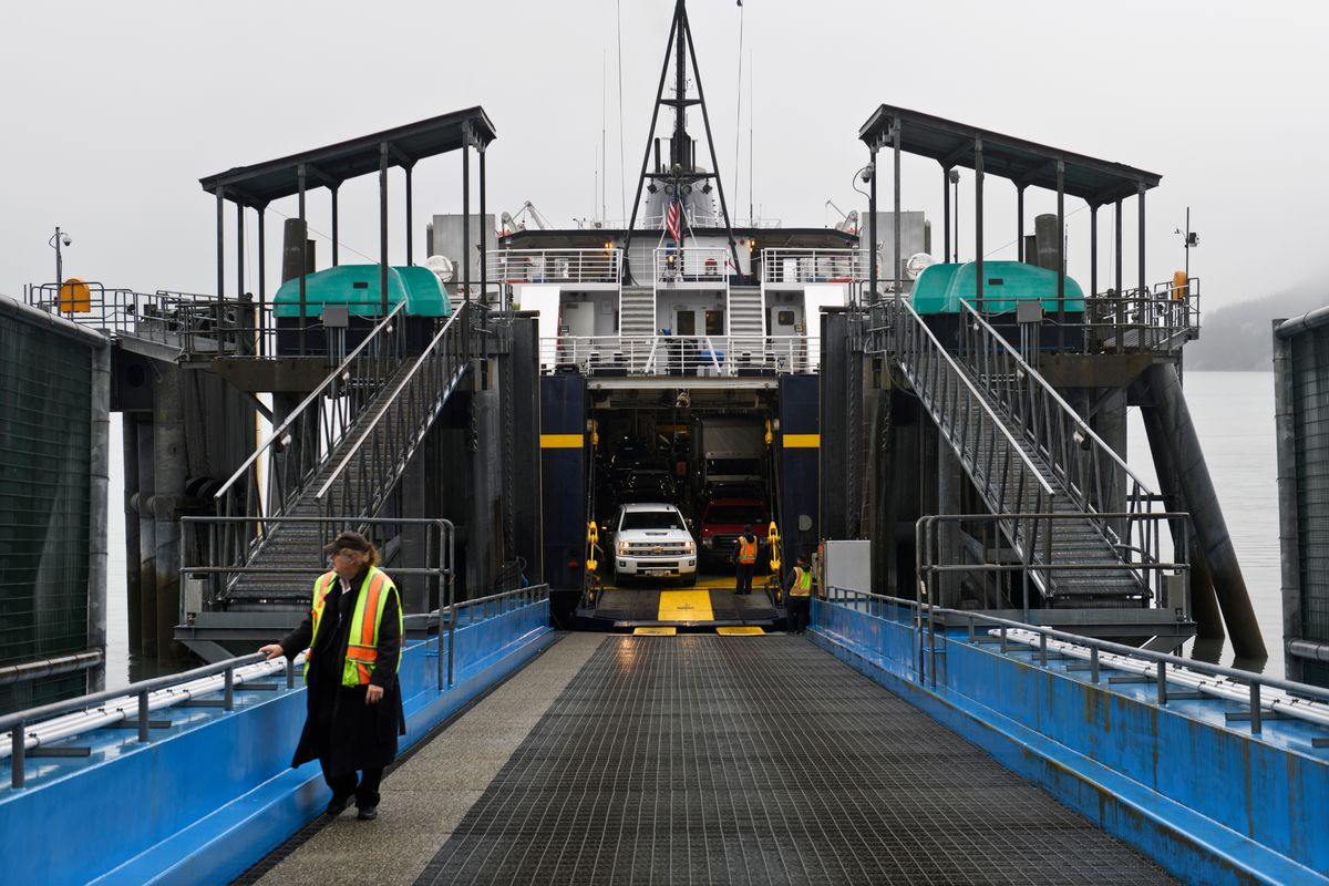 Cars and passengers prepare to disembark the ferry Aurora in Whittier on September 18, 2019. (Marc Lester / ADN)