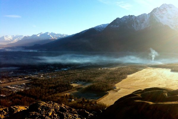 A plume of smoke blankets Butte in November of 2013 as seen from the top of Bodenburg Butte. The federal government may step in if air pollution from open burning and woodstoves doesn't improve in Mat-Su. (Patty Sullivan / Matanuska-Susitna Borough)