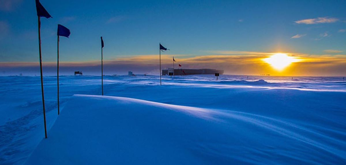 The last sunset of the summer at the South Pole, on March 20, 2016. (Handout photo from National Oceanic and Atmospheric Administration)