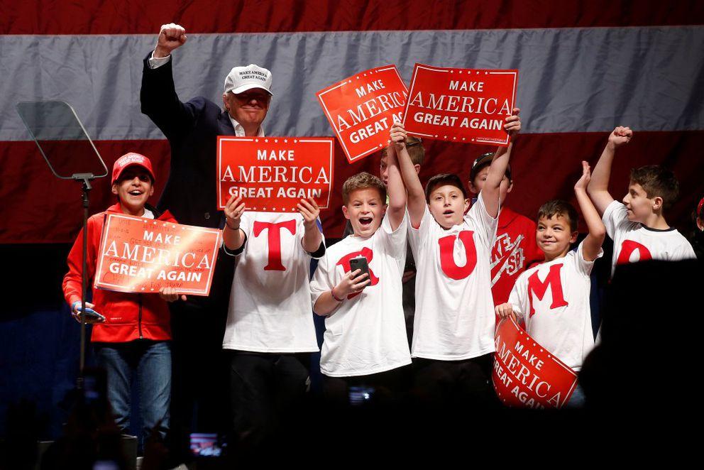 Republican presidential nominee Donald Trump attends a campaign rally in Detroit November 6, 2016. REUTERS/Carlo Allegri
