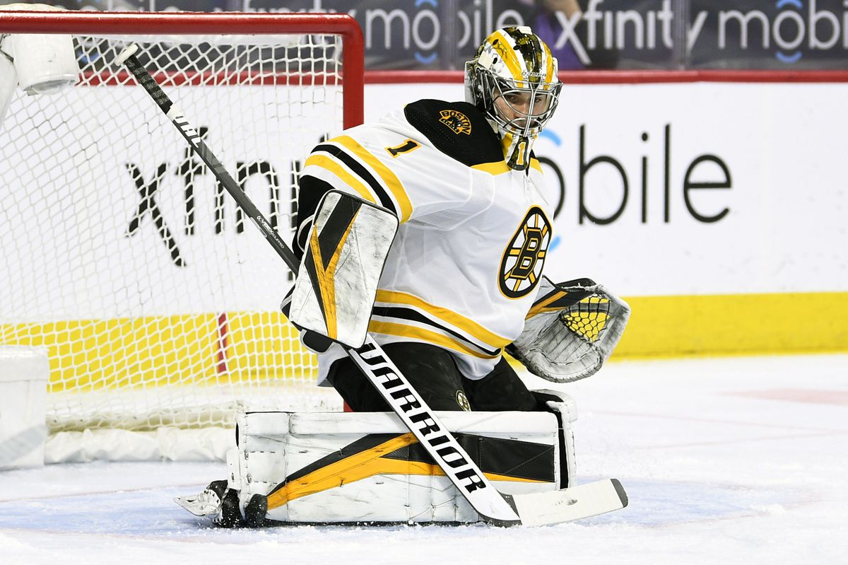 Bruins goaltender Jeremy Swayman of Anchorage makes a pad save on a shot during the first period of an NHL hockey game against the Flyers on Tuesday in Philadelphia. (Derik Hamilton / Associated Press)