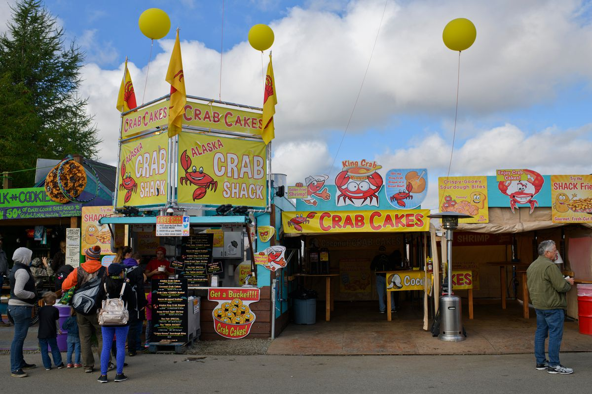 Crab cakes are a a popular choice at the Crab Shack at the Alaska State Fair. (Marc Lester / ADN)