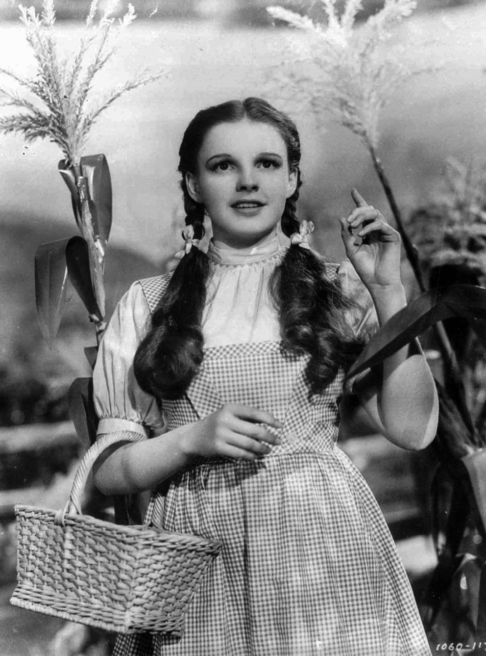 Actress Judy Garland portrays Dorothy in 'The Wizard of Oz. ' (AP Photo)