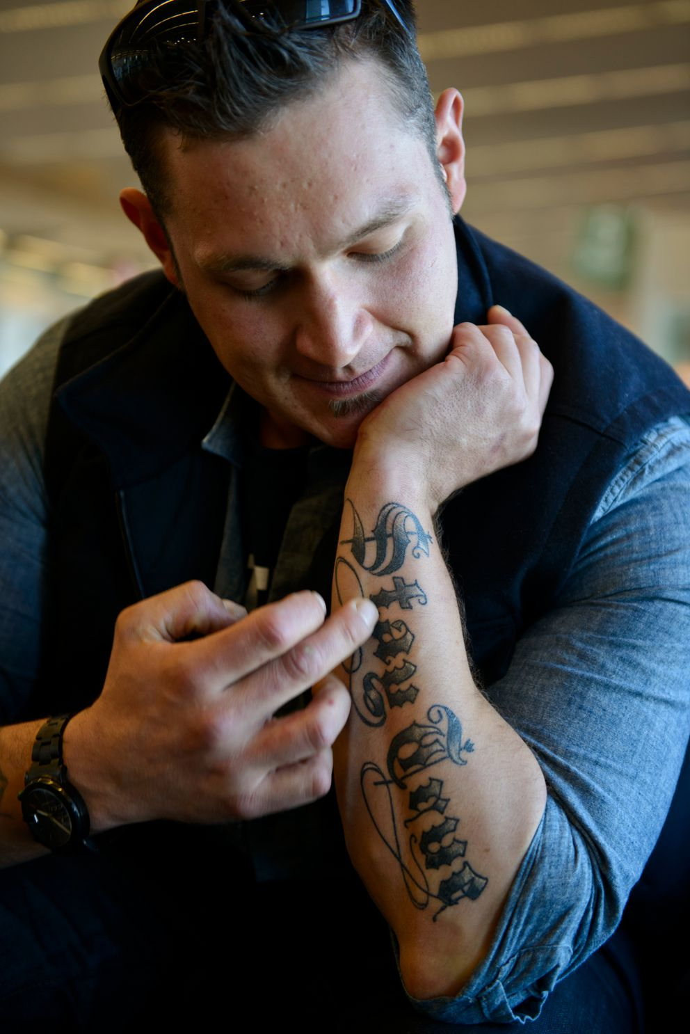 """Nick McGlashan, a crabber and cast member of """"Deadliest Catch,"""" has been speaking publicly about his battle with heroin and alcohol addiction. Photographed at Ted Stevens Anchorage International Airport on May 12. (Marc Lester / Alaska Dispatch News)"""