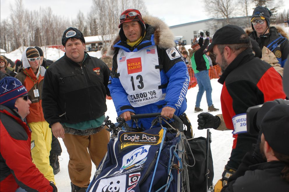 Four-time Iditarod champion Martin Buser of Big Lake, leaves the starting line during the restart in Willow on Sunday, March 2, 2008. (Bill Roth / ADN archive 2008)