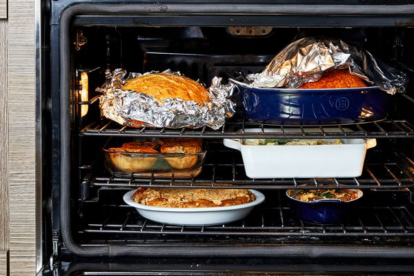 How to manage your oven on Thanksgiving. (Photo by Stacy Zarin Goldberg for The Washington Post)