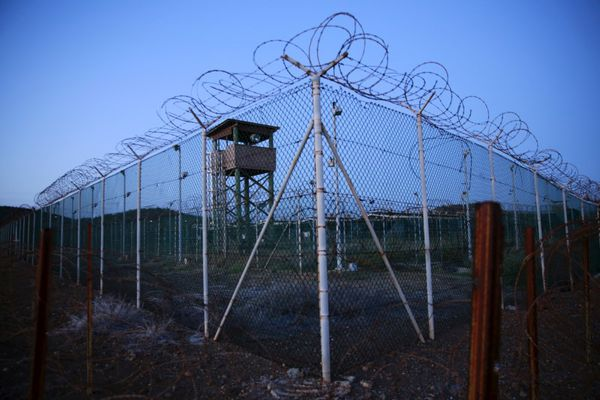 A deserted guard tower within Joint Task Force Guantanamo's Camp Delta at the U.S. Naval Base in Guantanamo Bay, Cuba March 21, 2016. (Lucas Jackson / Reuters file)