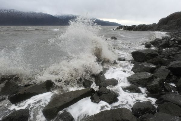 Waves crash onto the rocks at Beluga Point as a weather front produced strong winds in Turnagain Arm on Wednesday, Oct. 25, 2017. (Bill Roth / Alaska Dispatch News)