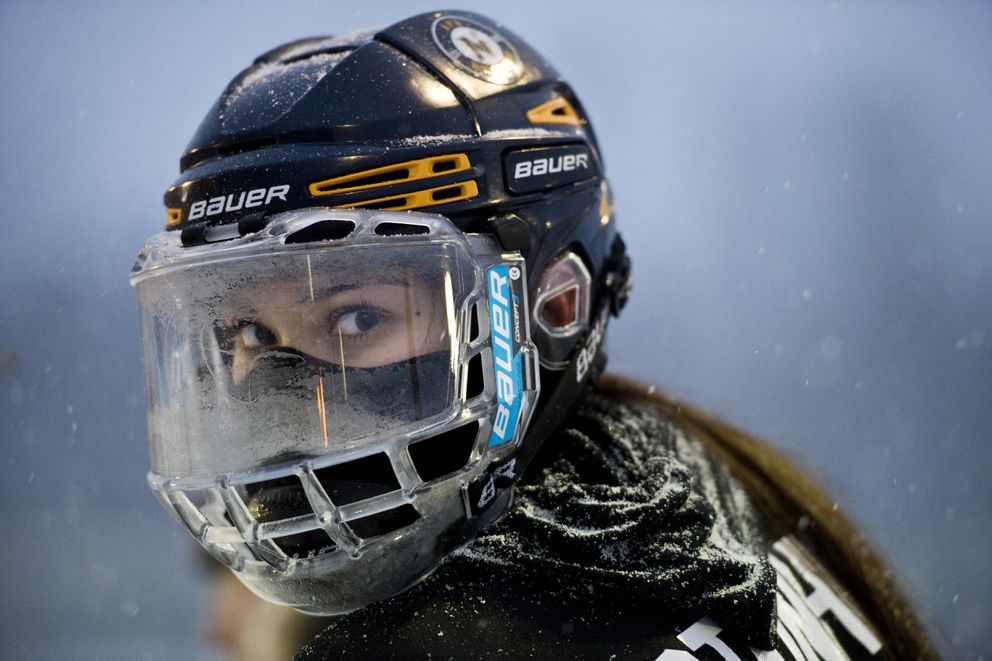South/Bartlett's Amber Steinhilpert looks through her frosty visor. South/Bartlett faced Service/East in girls high school hockey on the outdoor rink at Ben Boeke Arena during a snowfall on Friday, December 14, 2018. (Marc Lester / ADN)