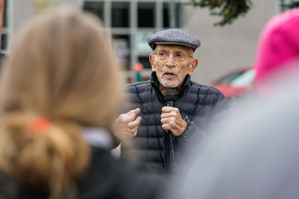 Vic Fischer speaks to a crowd Tuesday, Nov. 5, 2019 outside the Boney Courthouse in Anchorage. Fischer, who helped write Alaska's constitution, was present to support the American Civil Liberties Union Alaska in their lawsuit against Gov. Mike Dunleavy, who vetoed nearly $335,000 from the state court system budget. (Loren Holmes / ADN)