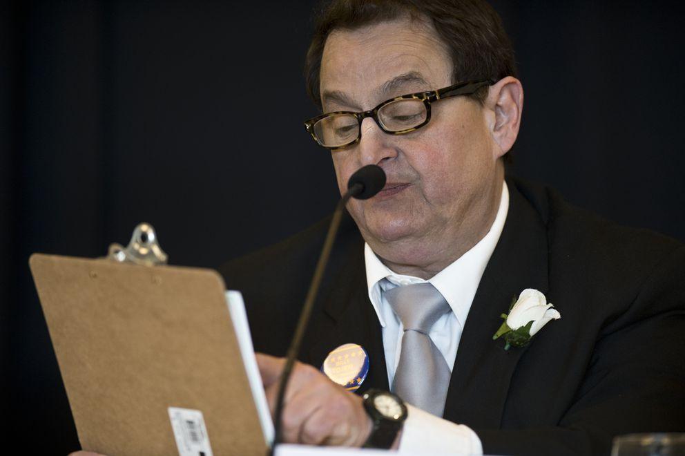 Billy Toien looks at his clipboard while answering a question. Four candidates for governor participated in a lunchtime forum hosted by the Anchorage Chamber of Commerce at the Dena'ina Center on September 10, 2018. (Marc Lester / ADN)
