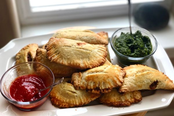 Meat-filled hand pies (Photo by Kim Sunée)