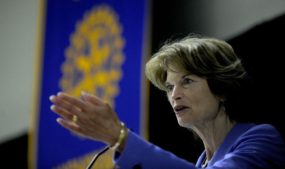 Sen. Lisa Murkowski talks to the Downtown Rotary Club at the Dena'ina Center in Anchorage on Aug. 29, 2017. (Bob Hallinen / ADN)