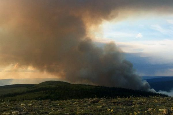 As of Saturday morning, the Shovel Creek Fire three miles north of Murphy Dome near Fairbanks was estimated at 400 acres. By Monday, it was triggering warnings of potential evacuations. (Photo courtesy Alaska Division of Forestry)