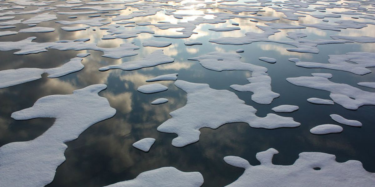 Arctic sea ice formations photographed from the U.S. Coast Cutter Healy. (Kathryn Hansen / NASA)