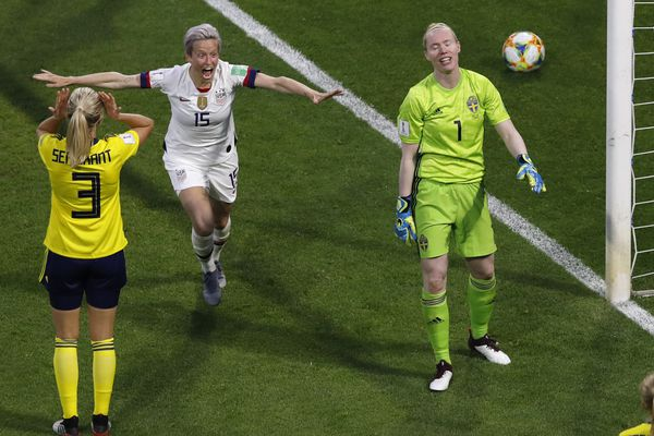 United States' Megan Rapinoe, centre, celebrates after United States' Tobin Heath scored her side's second goal during the Women's World Cup Group F soccer match between the United States and Sweden at the Stade Oceane in Le Havre, France, Thursday, June 20, 2019. (AP Photo/Christophe Ena)