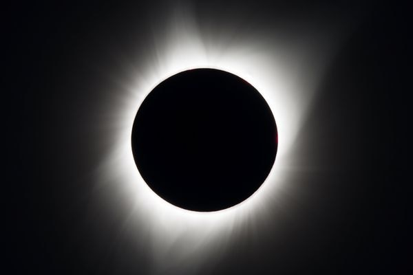 A total solar eclipse is seen above Madras, Oregon, U.S., August 21, 2017. Courtesy Aubrey Gemignani/NASA/Handout via REUTERS ATTENTION EDITORS - THIS IMAGE HAS BEEN SUPPLIED BY A THIRD PARTY. MANDATORY CREDIT