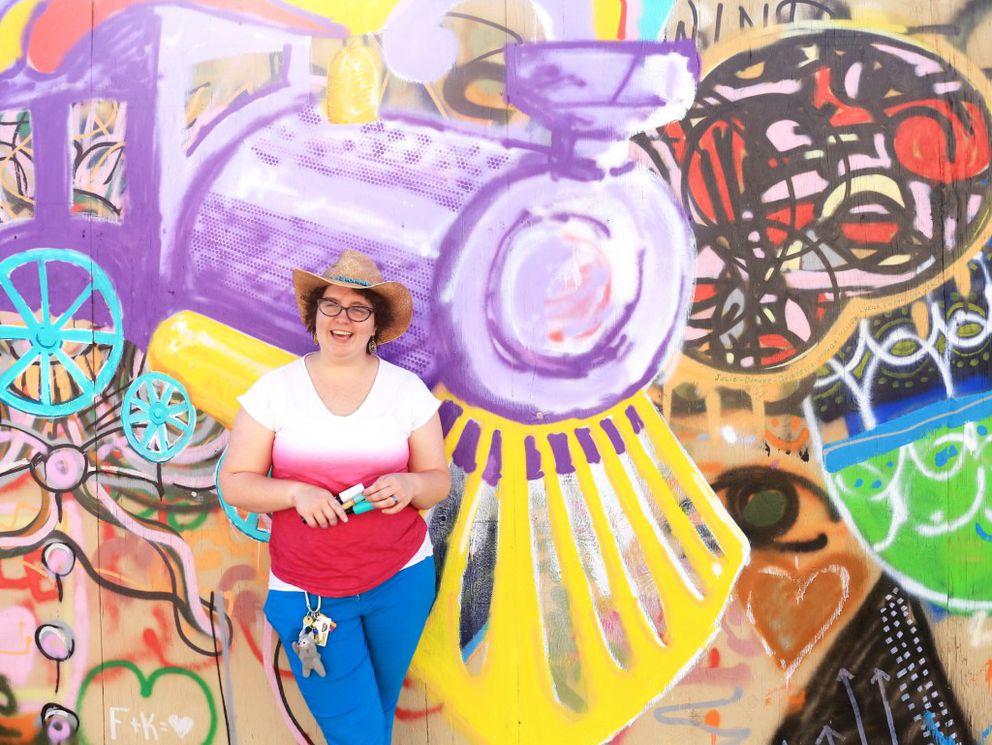 Vanessa Sweet of Anchorage Artists Co-op (Rejoy Armamento / Alaska Dispatch News)
