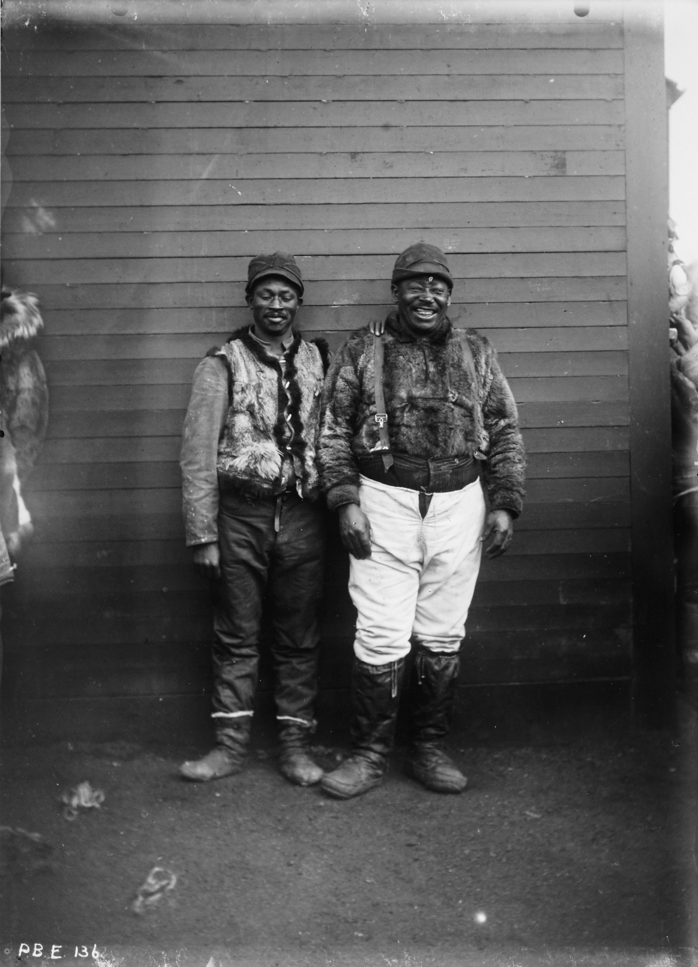 Samuel Call Collection, 1966-10-136n, Archives, University of Fairbanks. Whalers, Point Barrow, c. 1900