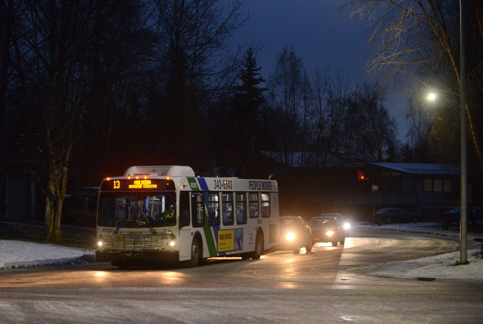 A People Mover bus stops in East Anchorage. (Bob Hallinen / ADN archive)