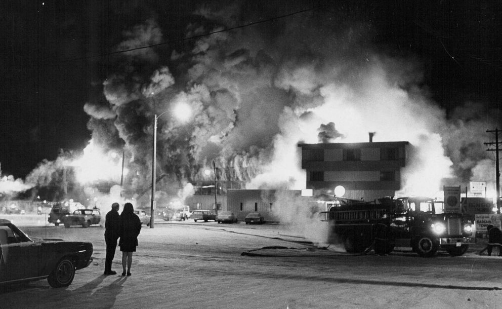 The Gold Rush Motor Lodge on Northern Lights Boulevard was destroyed by fire in January 1970. (ADN archive)