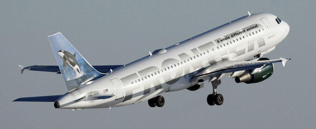 AFrontier Airlines jetat Mitchell Airport in Milwaukee, Wis. (Mark Hoffman/Milwaukee Journal Sentinel/TNS)