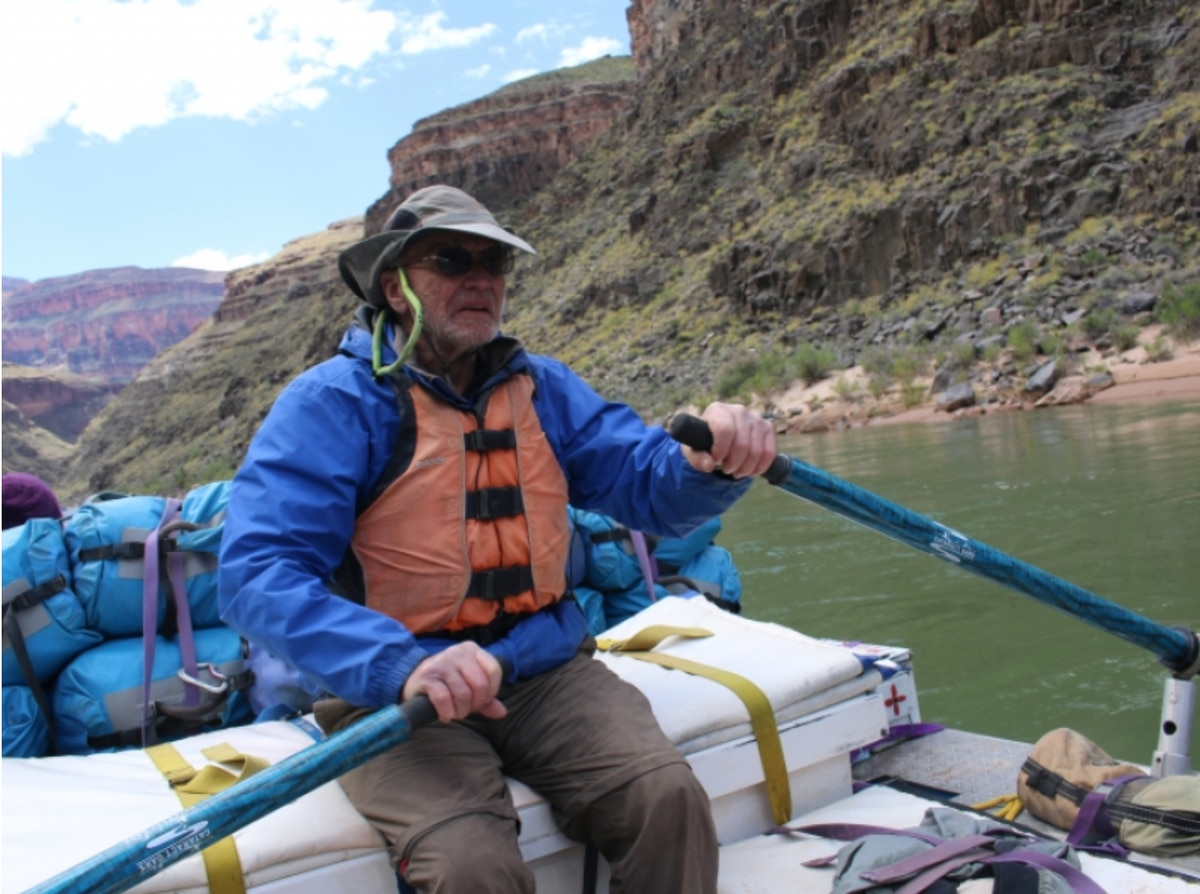 Dick Griffith rows a raft through the Grand Canyon at age 89, April 2017. (Kaylene Johnson-Sullivan)