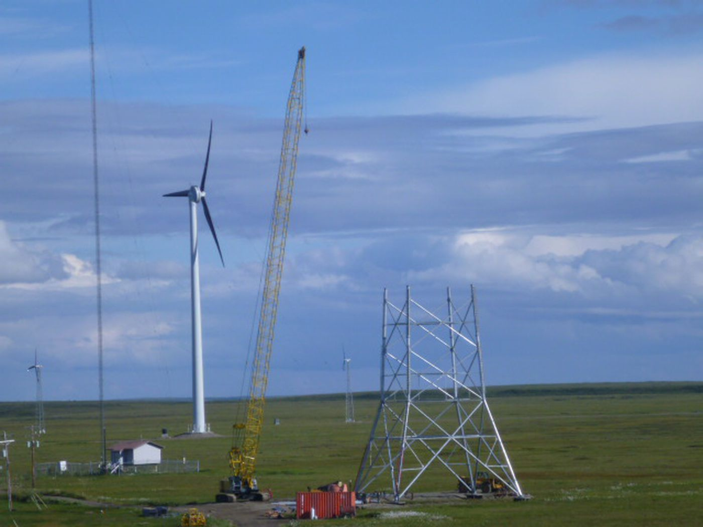 TERRA crews at a tower construction site outside Kotzebue. (GCI photo)