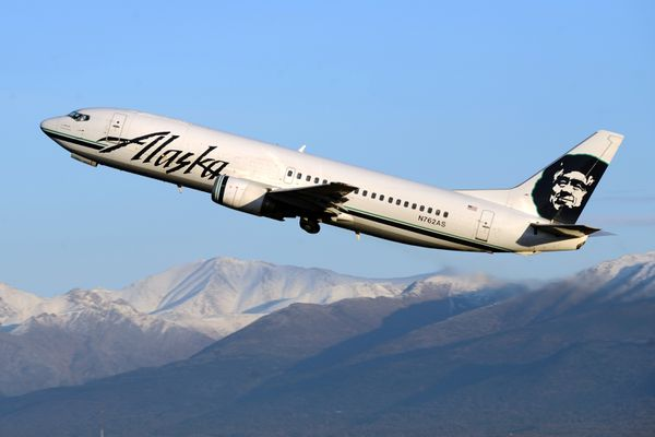 An Alaska Airlines jet takes off on Friday afternoon, November 11, 2016, at Ted Stevens Anchorage International Airport. (Erik Hill / Alaska Dispatch News)
