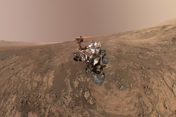 A self-portrait taken by NASA's Curiosity rover in the Gale Crater. (NASA - JPL-Caltech - MSSS)