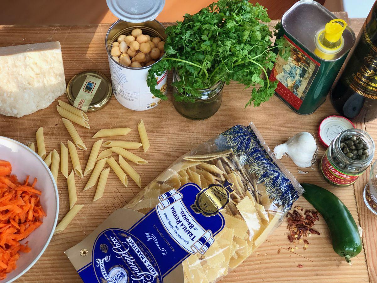 Turn these pantry staples into no-recipe recipe pasta. (Photo by Kim Sunée)