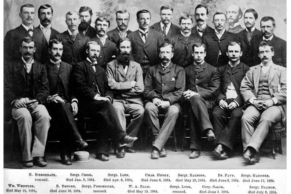 Adolphus Greely (center front, arms crossed) and the volunteers on his expedition