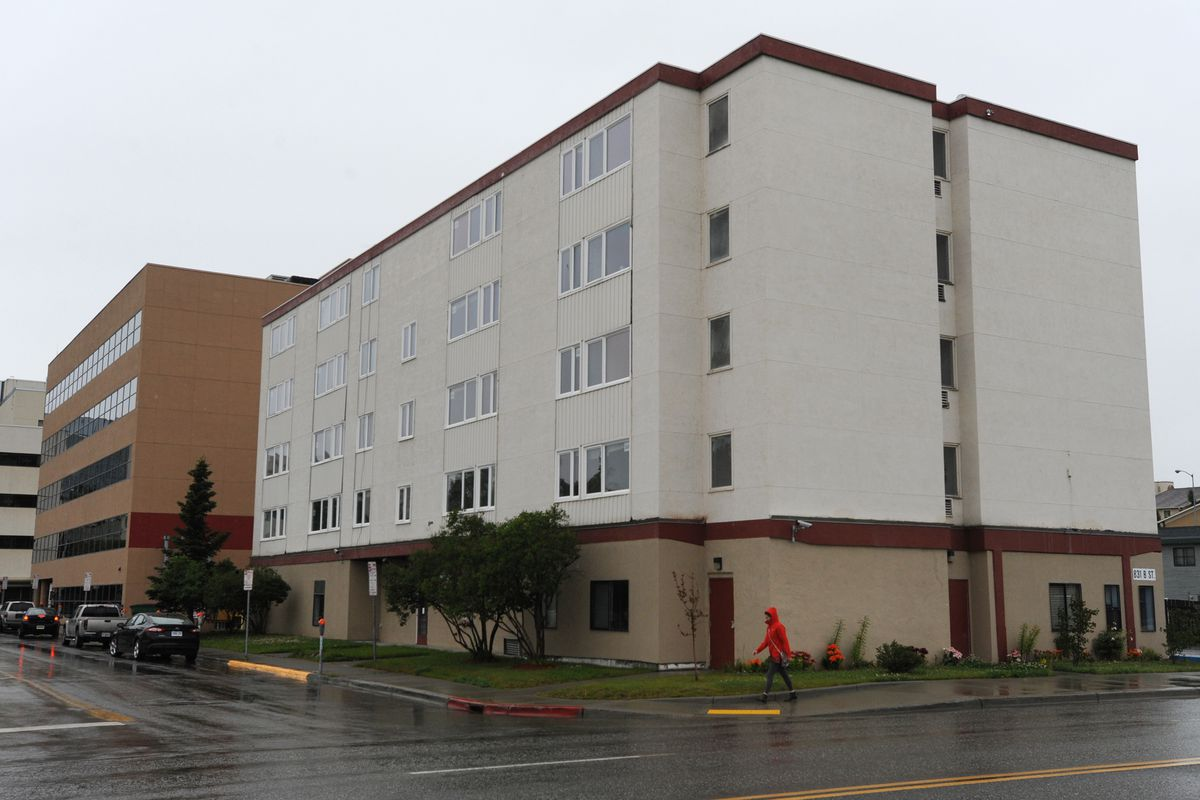 The Berkowitz administration wants to turn the former Parkview Center halfway house at 831 B St. into housing for homeless seniors. (Bill Roth / Alaska Dispatch News)