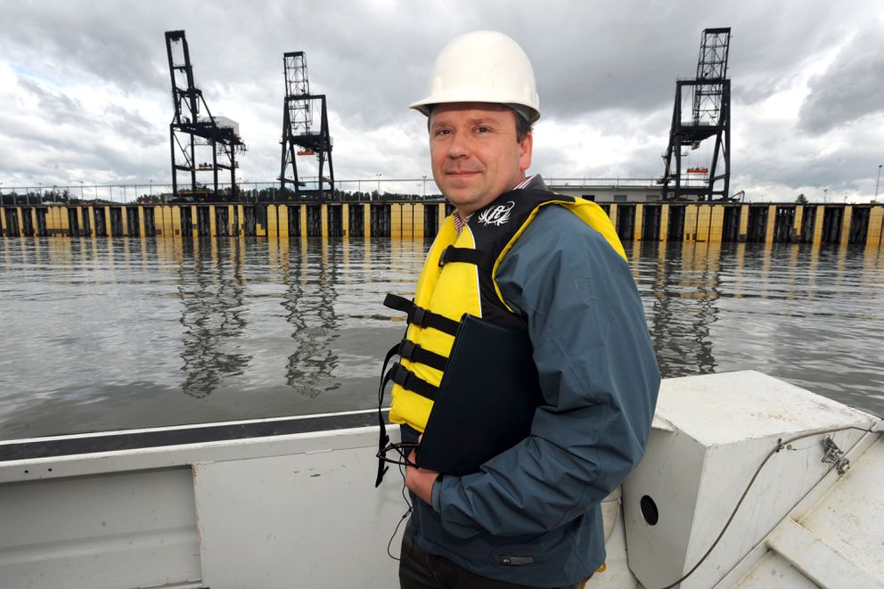 Port engineer Todd Cowles on Aug. 11, 2014, at the Port of Anchorage. (ADN archive)