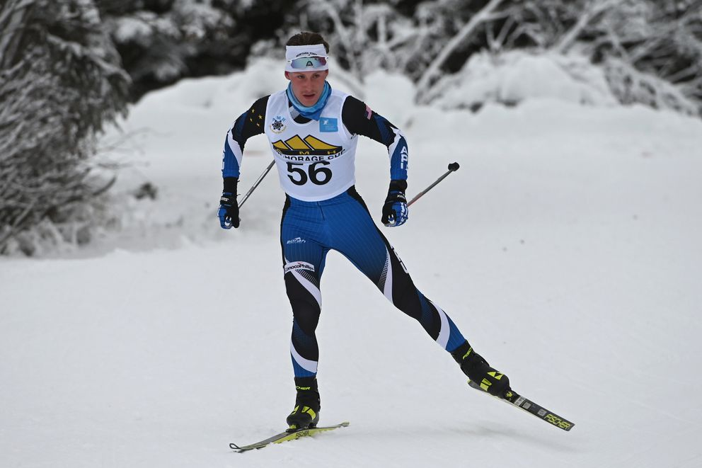 Zanden McMullen won the men's 10K freestyle race during the AMH Anchorage Cup at Kincaid Park on Sunday, Dec. 13, 2020. (Bill Roth / ADN)