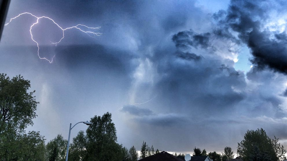 Rare thunderstorm in Anchorage causes first lightning-related power outages in years