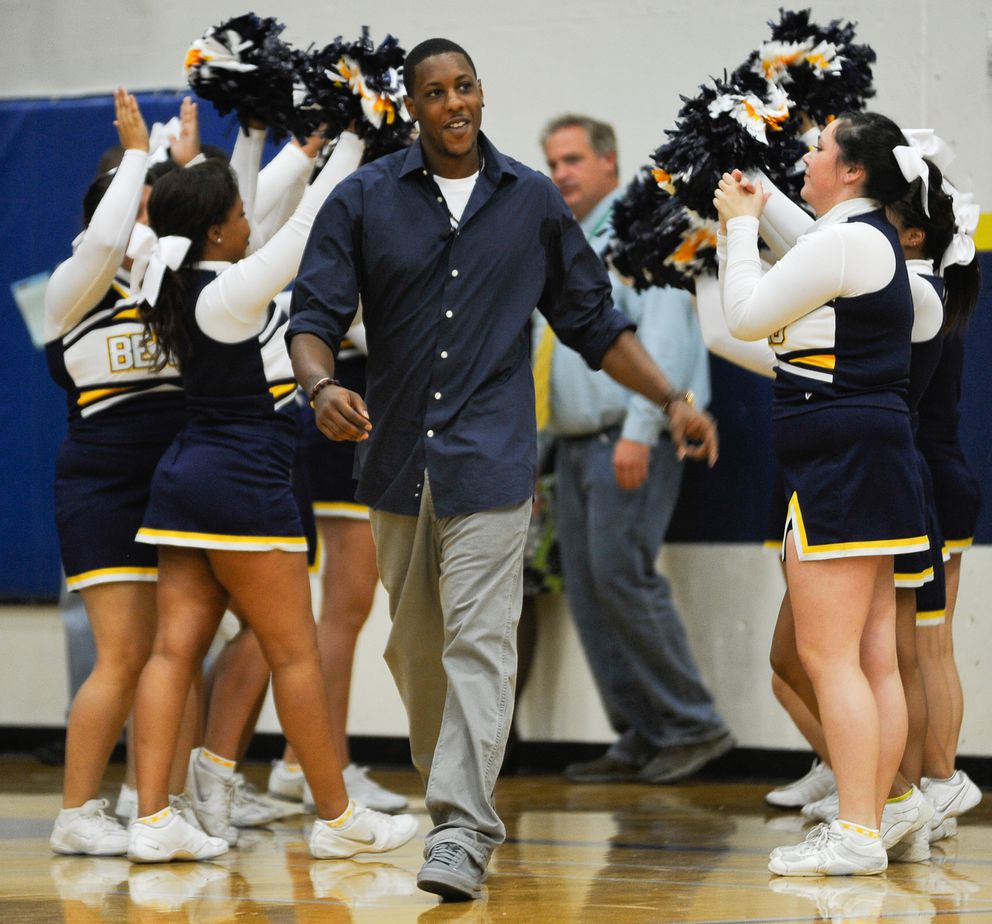 Mario Chalmers is introduced at a 2008 ceremony at Bartlett High at which his jersey number was retired. (Marc Lester / ADN archives)