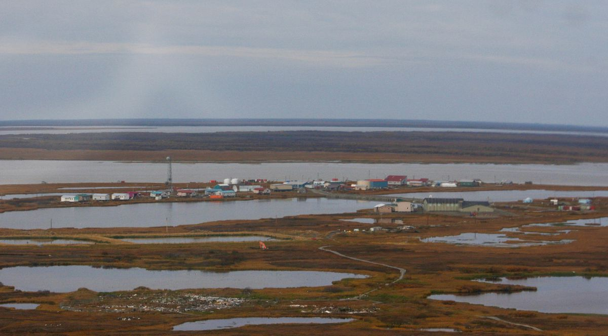 The Yukon River village of Nunam Iqua is seen from the air on Sept. 25, 2014. (Lisa Demer / ADN)
