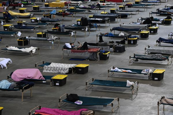 Bean's Cafe operates the Mass Emergency Shelter at the Sullivan Arena on Wednesday, Feb. 24, 2021. (Bill Roth / ADN)