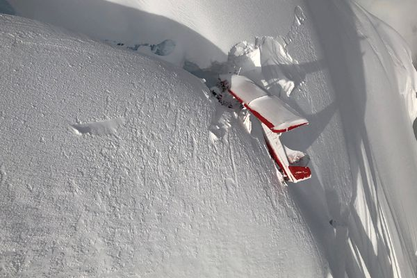 The wreckage of the K2 Aviation plane is near the summit of Thunder Mountain on the north side of the ridge, a feature located roughly 14 miles southwest of the summit of Denali. The plane crashed Aug. 4, 2018. (NTSB photo)