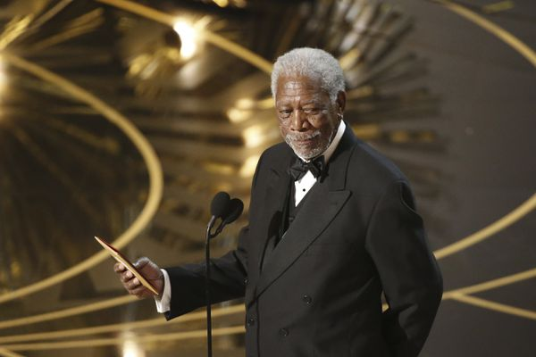 FILE -- Morgan Freeman presents during the 88th Academy Awards ceremony at Dolby Theatre in Los Angeles, Feb. 28, 2016. Several women accused Freeman of sexual harassment, with accusations ranging from unwanted touching to sexually suggestive comments, according to a report by CNN on May 24, 2018. Freeman issued an apology. (Patrick T. Fallon/The New York Times)