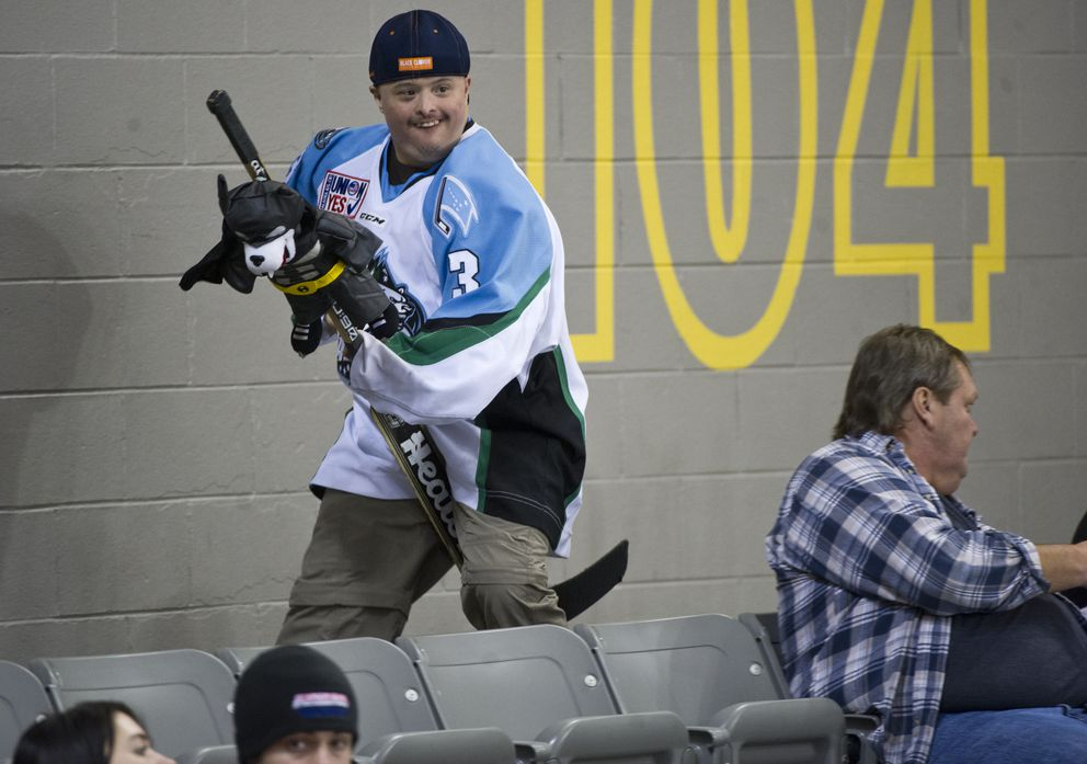 Bobby Hill runs around Sullivan Arena during the Alaska Aces' game against the Idaho Steelheadson Jan. 25, 2017. (Marc Lester / Alaska Dispatch News)