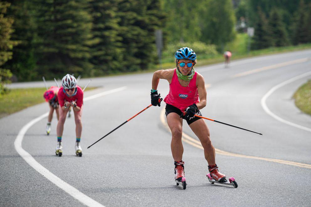Rosie Frankowski uses the skating technique during the skiathon. (Loren Holmes / ADN)