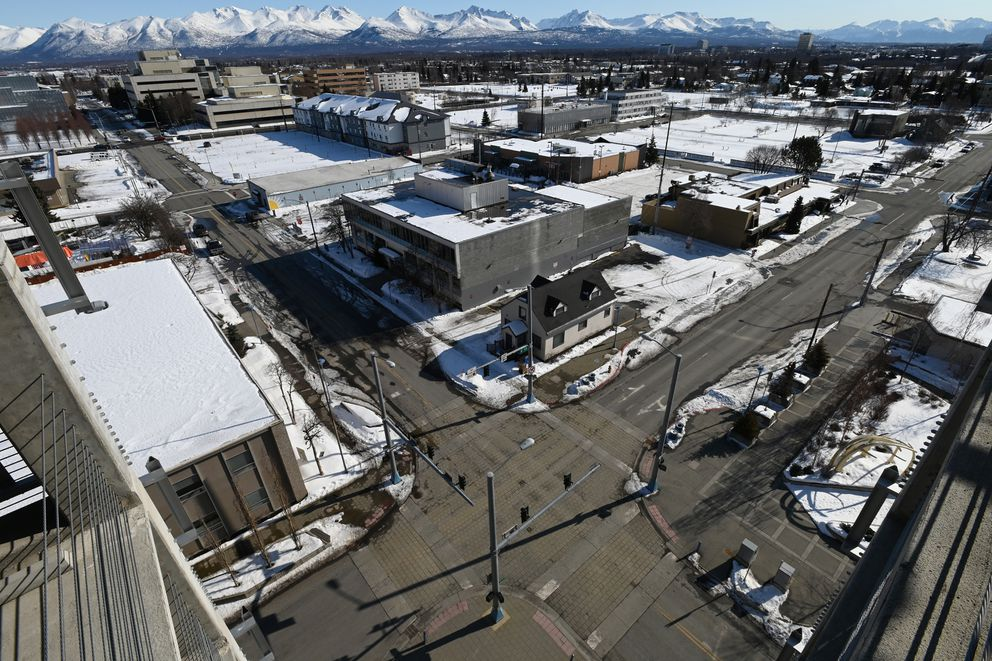 Downtown Anchorage was quiet as people stayed away on Sunday, March 22, 2020. (Bill Roth / ADN)