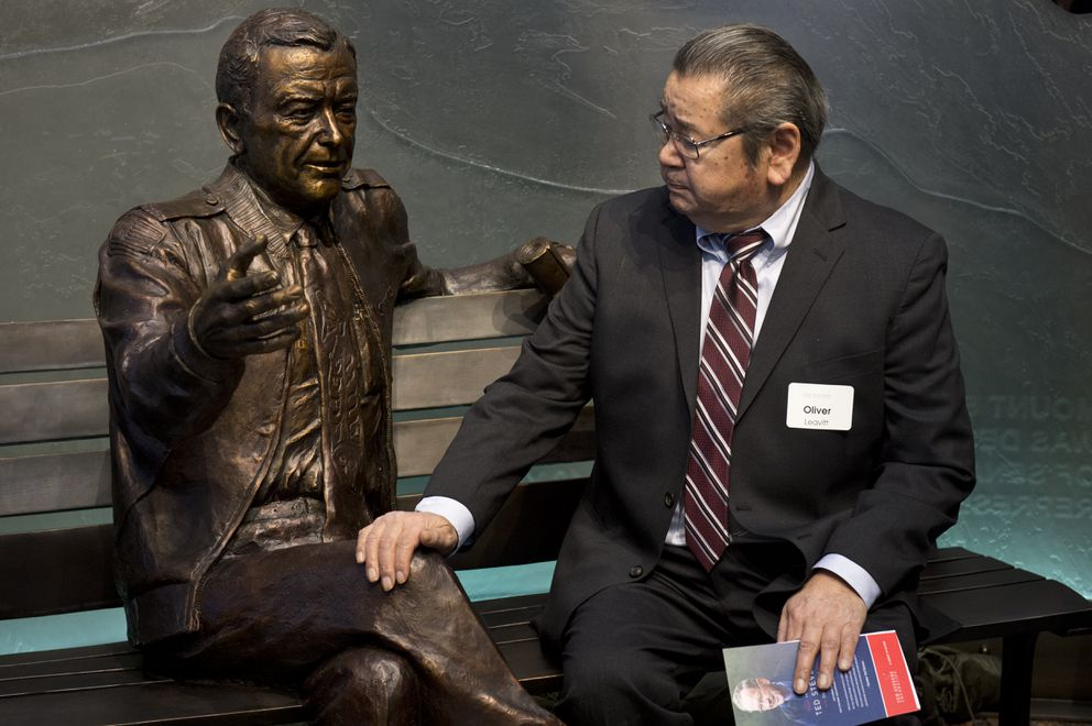 Oliver Leavitt speaks to the likeness of his friend Ted Stevens. (Marc Lester / ADN)
