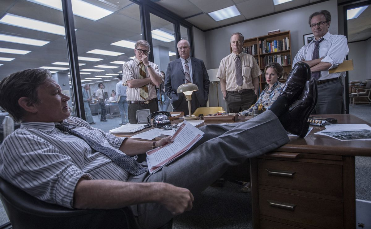 "From left, Tom Hanks (Ben Bradlee), David Cross (Howard Simons), John Rue (Gene Patterson), Bob Odenkirk (Ben Bagdikian), Jessie Mueller (Judith Martin), and Philip Casnoff (Chalmers Roberts) in a scene from the movie ""The Post."" (Niko Tavernise/TNS)"