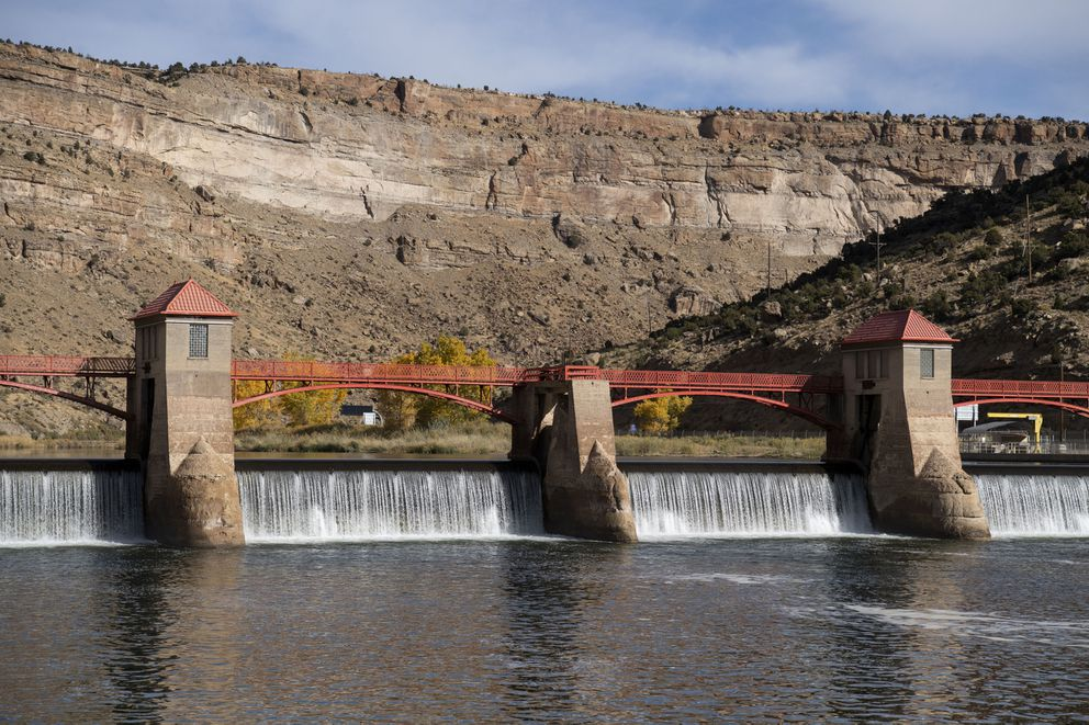 The Roller Dam diverts water to irrigation canals and regulates the flow of the Colorado River. (Washington Post photo by Carolyn Van Houten)