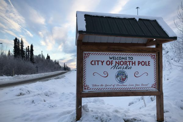 A sign welcomes people to North Pole, Alaska, on Dec. 25, 2017. (Vicky Ho / ADN)