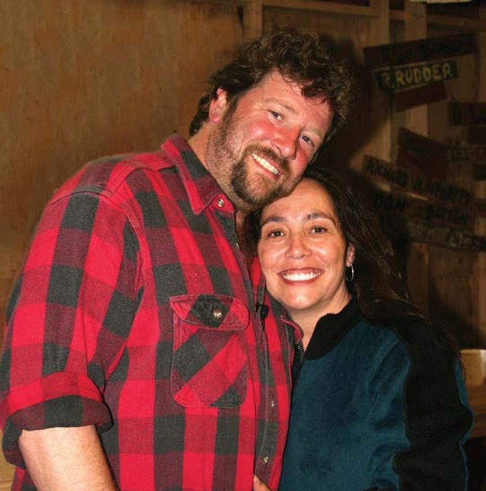 Cindy and Tom Massie. (Courtesy Alaska Federation of Natives)