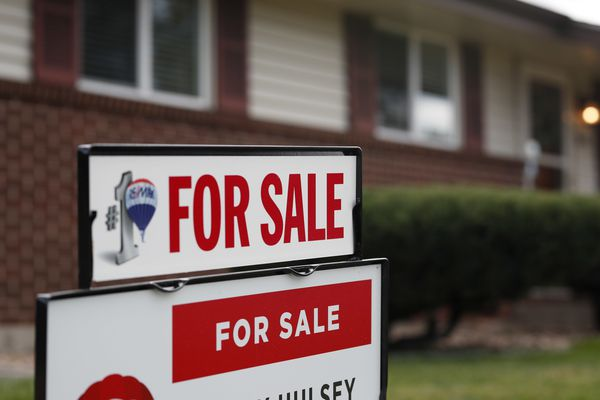 FILE- In this Oct 2, 2018, file photo a for sale sign stands outside a home on the market in the north Denver suburb of Thornton, Colo. On Thursday, Oct. 25, Freddie Mac reports on this week's average U.S. mortgage rates. (AP Photo/David Zalubowski, File)